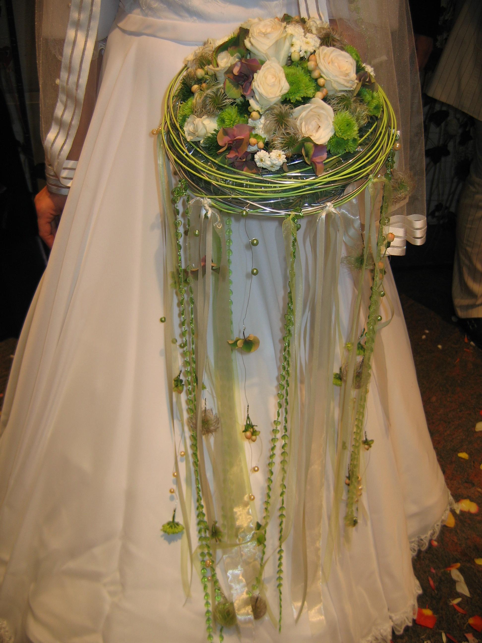Оригинальные букеты для свадьбы фото